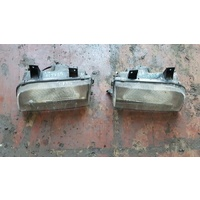 Kia Sportage 99 type headlights both right and left side in stock