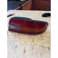 Nissan Bluebird U13 Right Tail Light