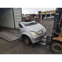 Mercedes A Class W168 A190 2000 Manual Halfcut