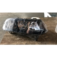 Volkswagen Polo 2015 front right side light E16370