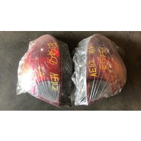 Toyota Corolla AE112 Tail lights lamp 1 set pair E15456