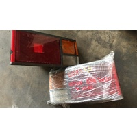 Nissan 84 EXA N12 Tail light lamp 1 set pair E15132