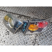 Mazda 3 sedan right side tail light and boot light set E19028
