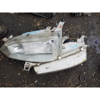 Toyota Camry 10 series front light head lamp set E19027