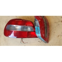 Volvo S40 back light set left and right E19543