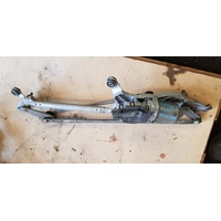 Toyota Aurion 2008 wiper motor assembly V01485