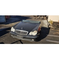 W203 Mercedes Wagon compressor C200 2002 supercharged halfcut E19811