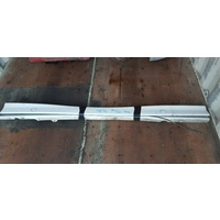 BMW E36 98 type side skirts in white both sides E19996