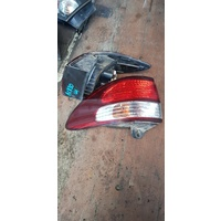 Toyota Tarago ACR30 back light set left and right side 2000 type