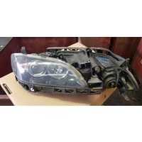 Mazda 3 2004 front head light set left and right E20254