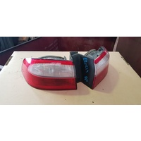 Renault Laguna back light set rear left right suit 03 E20219
