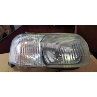 Ford Escape 2001 right side front light lamp only E20104