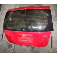 Hyundai Getz 2007 red back tailgate door rear E20573