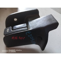 Toyota Corolla AE101 AE100 Fuel and Boot release lever E20525