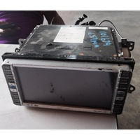 Toyota Estima Japanese radio screen HDD full unit V01679