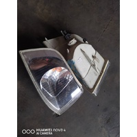 Volvo S40 V40 2003 front corner park light lamp set E21146